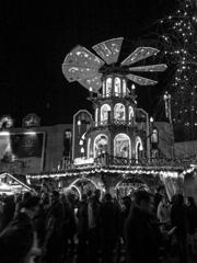 BW見上げる世界 おとぎのクリスマスマーケット@ボン