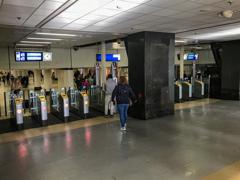 改札!@アムステルダム中央駅