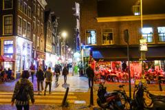 中世からの繁華街Nieuwendijk@アムステルダム