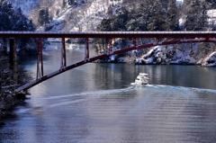 冬の庄川峡 追走Ⅱ