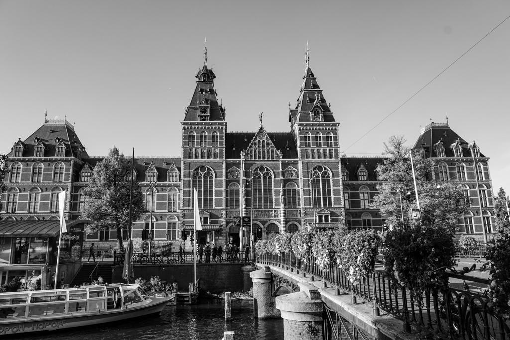 BW見上げる世界 美の宝庫アムステルダム国立美術館@アムステルダム