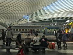 近代的なリエージュ=ギユマン駅Liège-Guillemins