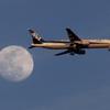 羽田空港の新着陸コースの旅客機 -5