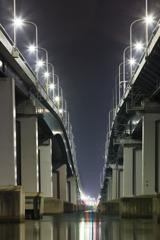 琵琶湖大橋の灯り