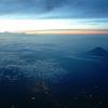 駿河湾上空から見る富士山