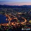 夜明け前の港町