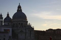 夕暮れの聖堂