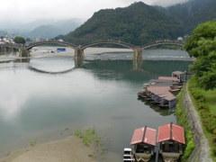 錦帯橋と屋形船
