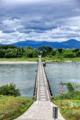 中州へかかる沈下橋