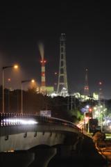 深夜の煙突