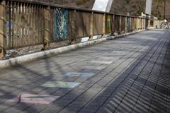 橋上アート