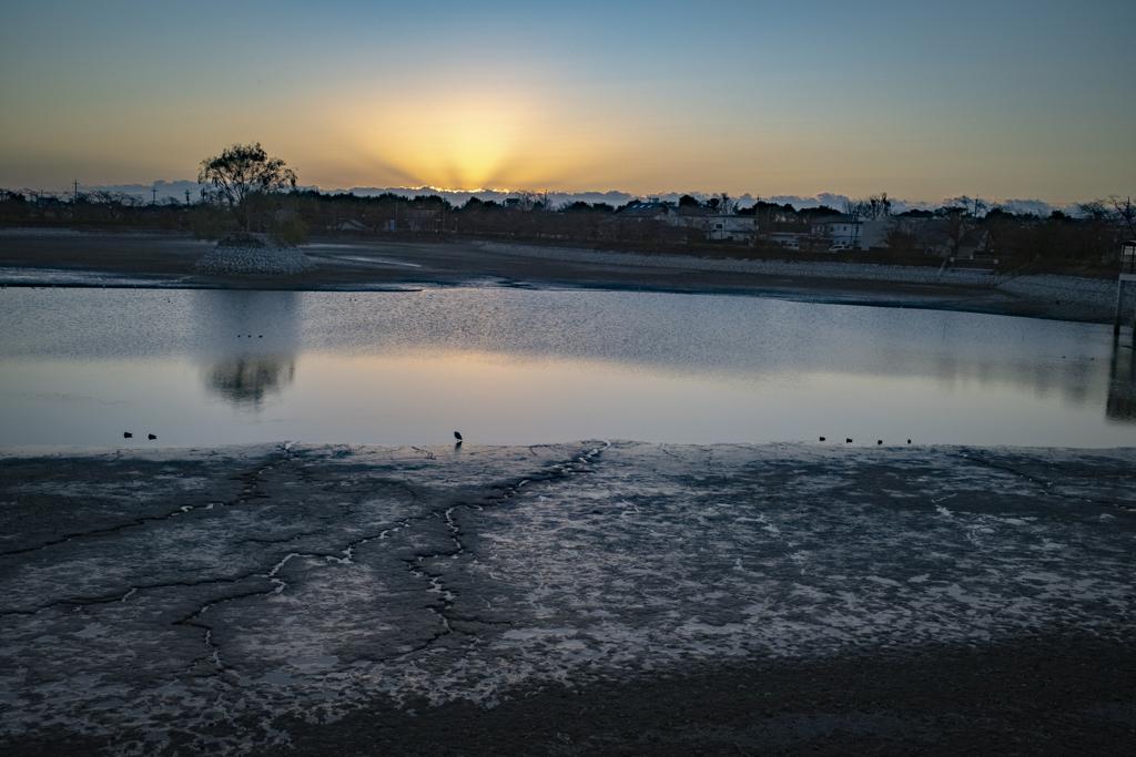 干潟の夜明け、