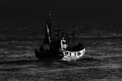 夜明けの漁場、