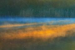 目覚める湖畔、2