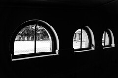 旧明倫小学校の窓 ①