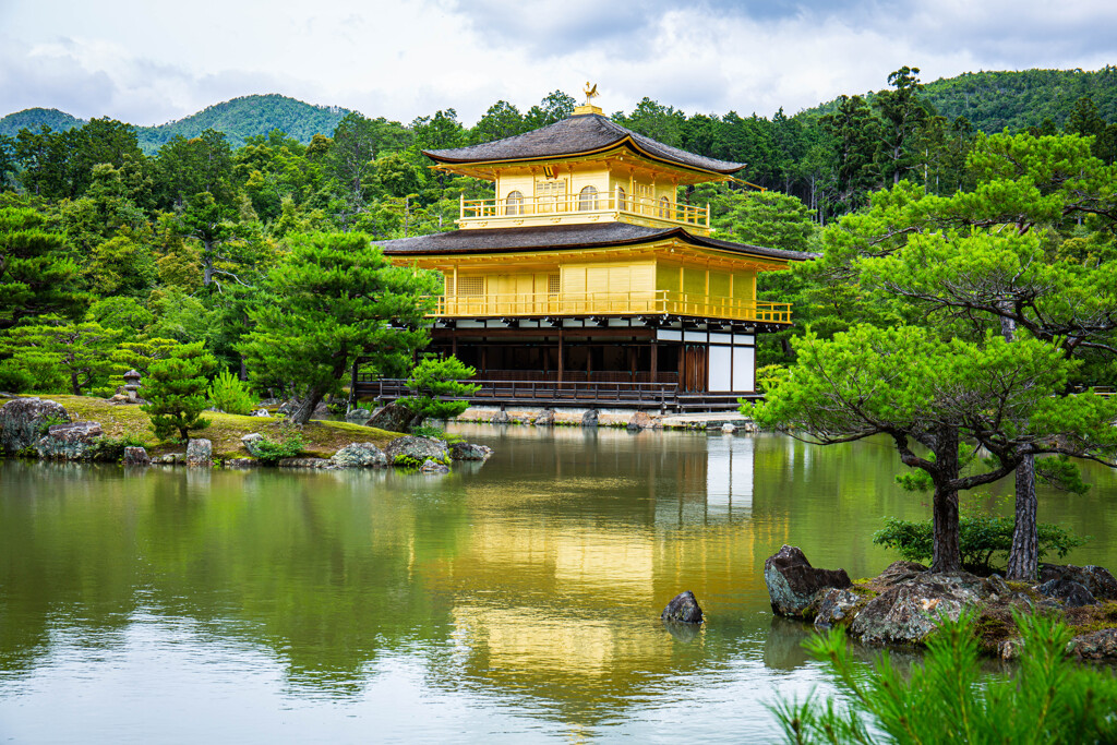 『金閣寺』