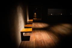 美術館のベンチ Ⅱ