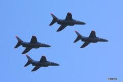 T-4編隊飛行