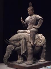 帝釈天騎象像