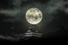 年初め「岐阜城と満月」