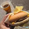 チーズバーガーとプレミアムローストコーヒー