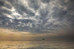 秋の釣り船