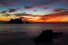 黎明の手石島