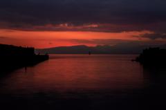 暮れる漁港 Ⅲ