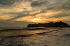 西伊豆大浜海岸の夕暮れ