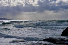 風強く波高し