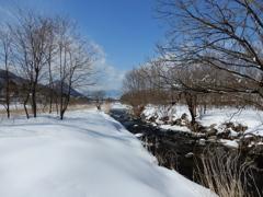 青空の雪景色-2