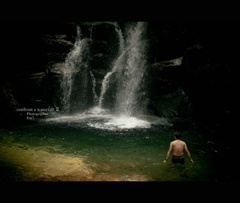 Photographer Em7 -confront a waterfall Ⅱ