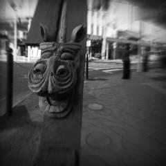 街角の麒麟獅子