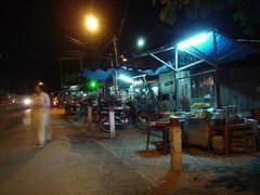 Chợ Cũ(旧市場)の軽食屋台
