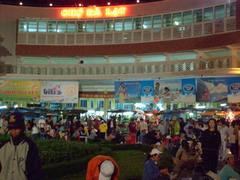 Đà Lạt市の中央市場