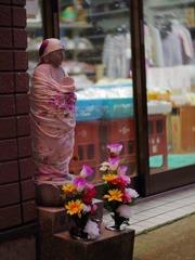 Jizo in shopping street