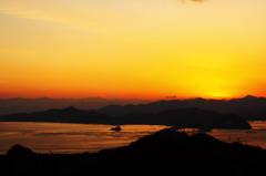 鳴門海峡の夕暮れ