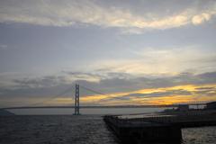 大橋の夕暮れ