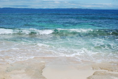 ガベールに寄せる波