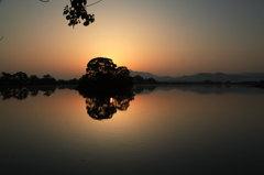 湖面鏡 「静かな朝」