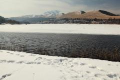 川ではなく湖