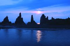 橋杭岩 ・青の太陽