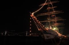 日本丸と関門橋