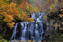 晩秋の二の滝