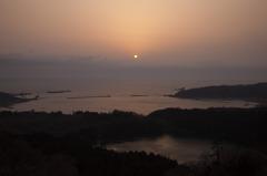 暮れる日本海