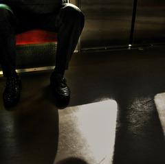 朝、通勤電車で。