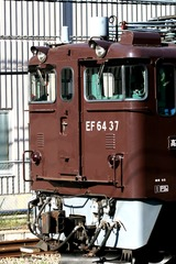 EF6437