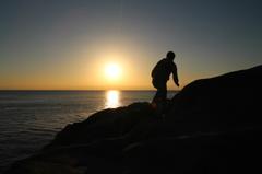 夕日を目指して登る登る・・