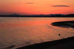 汽水湖の夕景