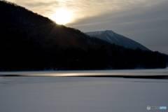 真冬の朝陽